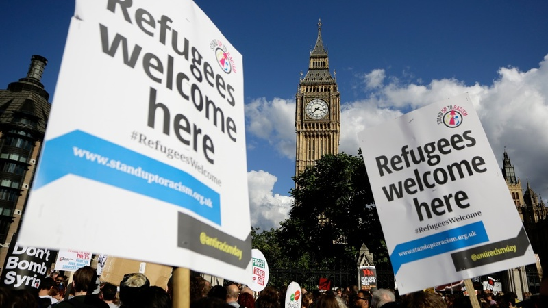 Huge London rally to support refugees