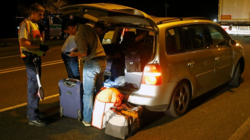 Germany seals border to migrants