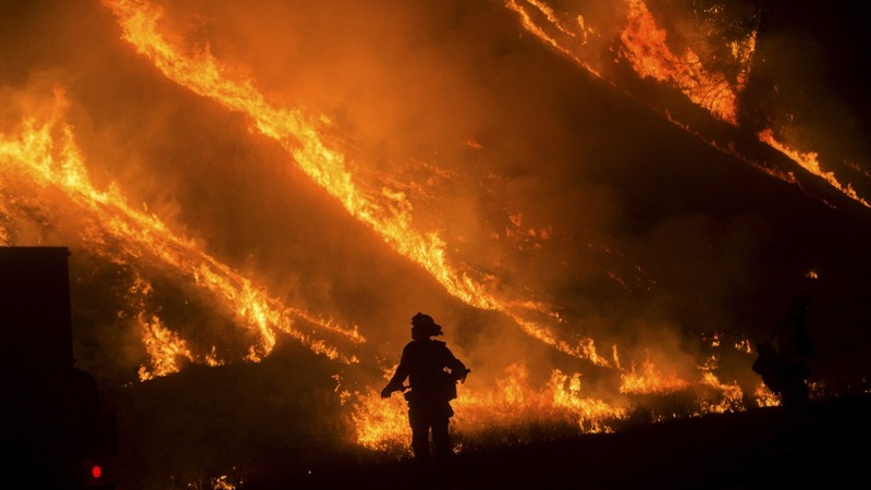 'Valley Fire' turns deadly in California