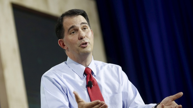 Walker revives union fight as '16 hopes fade