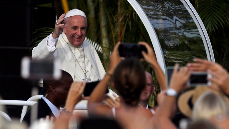 Pope meets Fidel Castro, warns against ideology