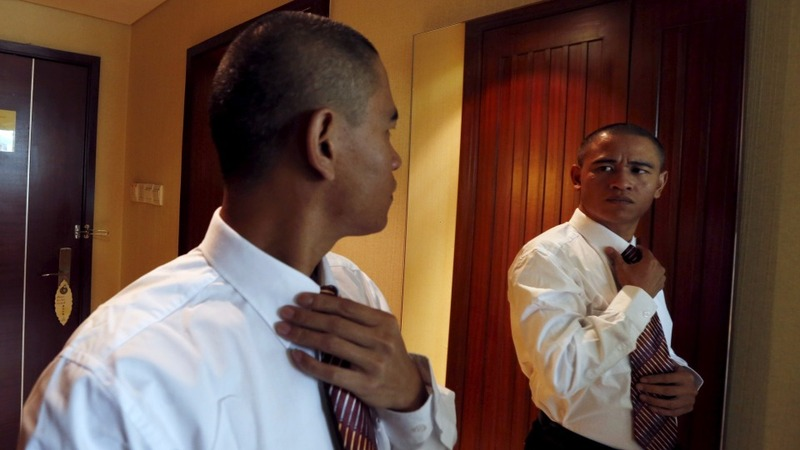 China's Obama lookalike speaks 'fake' English