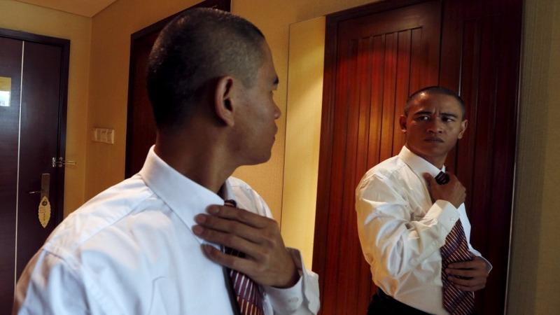 China's Obama lookalike speaks 'fake' English