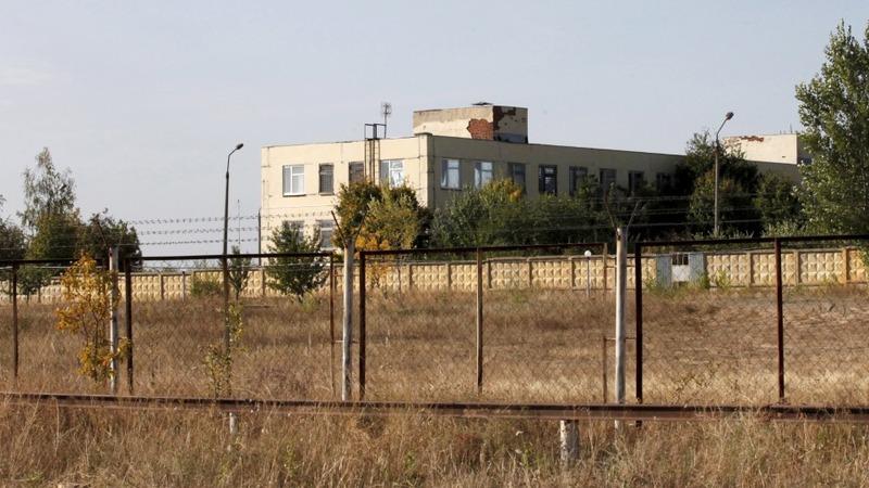 Russia plans second big base near Ukraine border