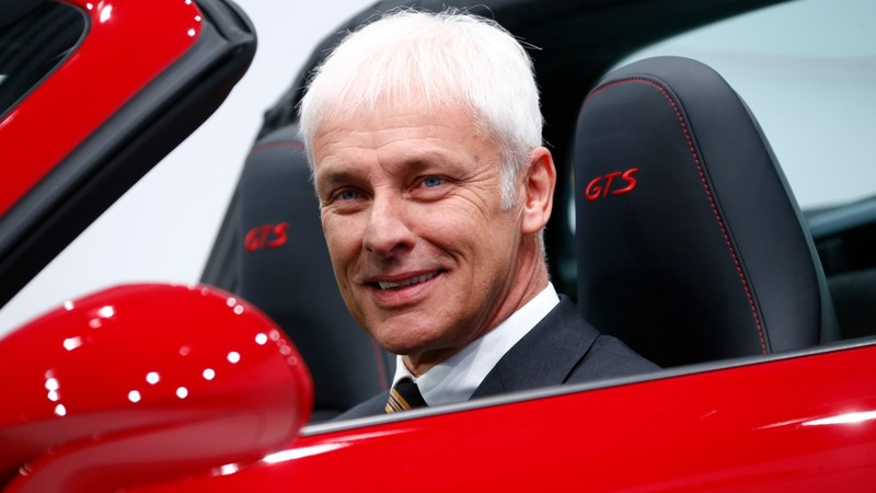 Porsche boss favourite for VW hot seat