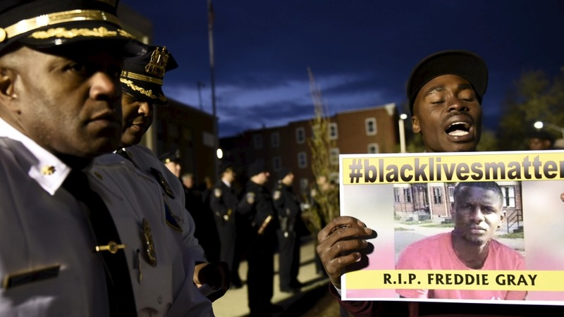 Report says Freddie Gray asked officer for help