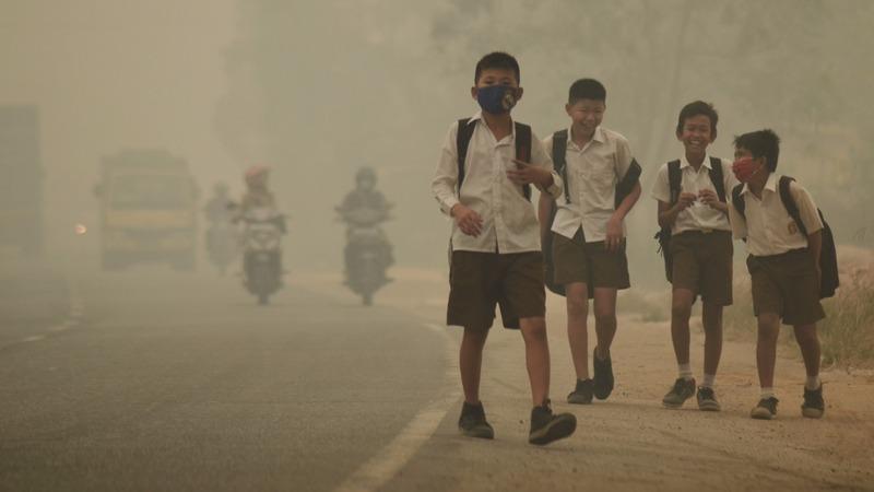 Smoke chokes Southeast Asia