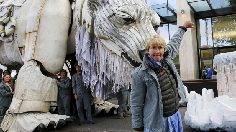 Greenpeace celebrate Shell's Arctic halt