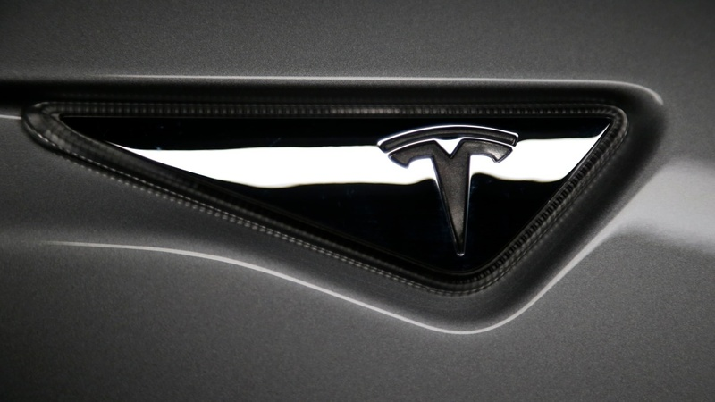 With Model X, Tesla seeks profitability