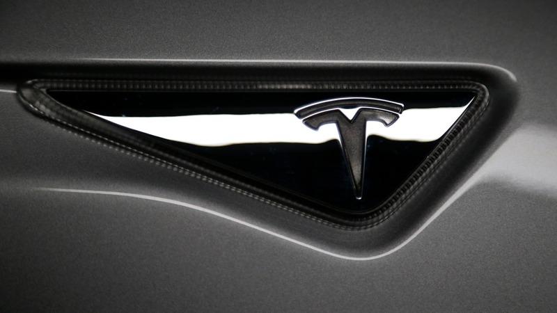 With Model X, Tesla seeks profitability