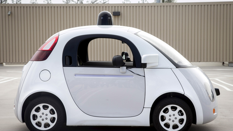 Google sets steady pace for self-driving cars