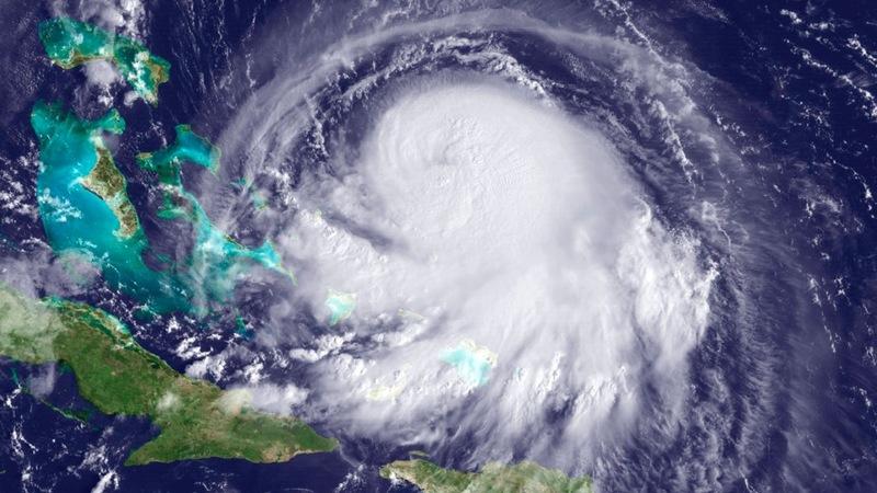 Joaquin pounds Bahamas, may skip U.S.