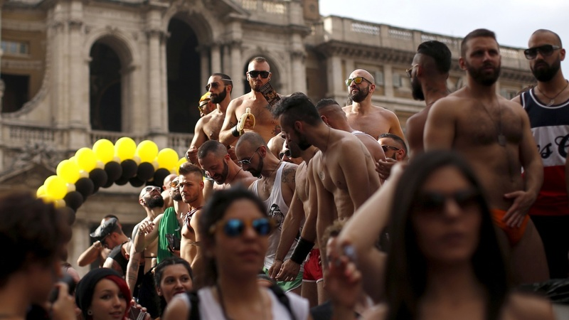 Italy leaves gay couples waiting at the altar