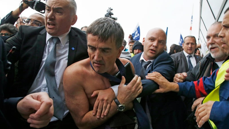 """Air France fracas """"acts of thugs"""" - French PM"""