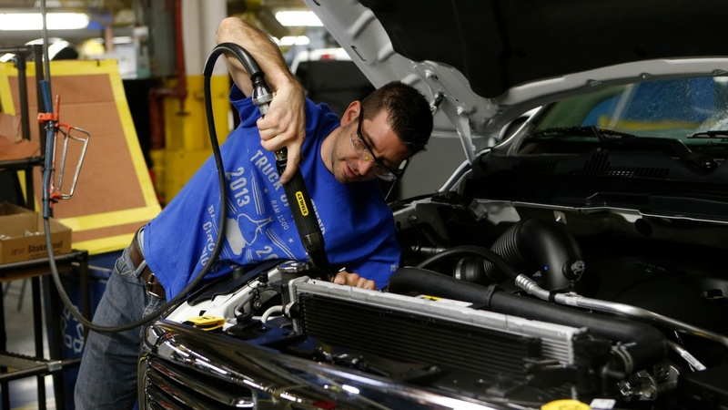 UAW readies Fiat Chrysler strike