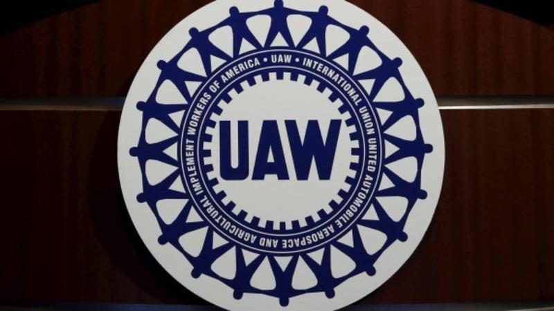 UAW threatens strike at Fiat Chrysler plants
