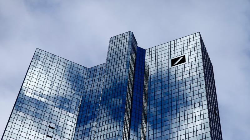 Deutsche Bank flags €6 bn loss