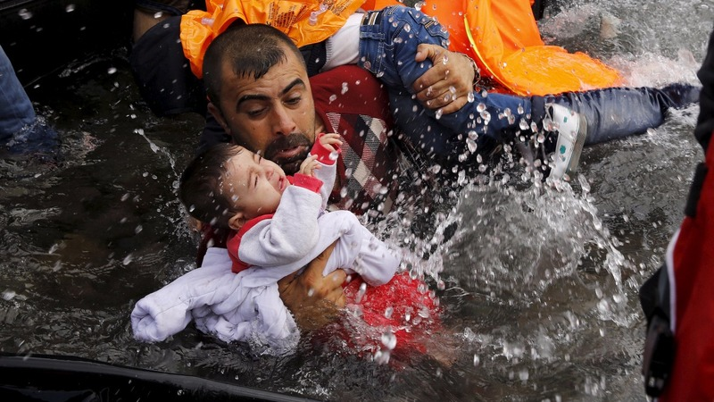 EU and Turkey to join forces on migrant crisis
