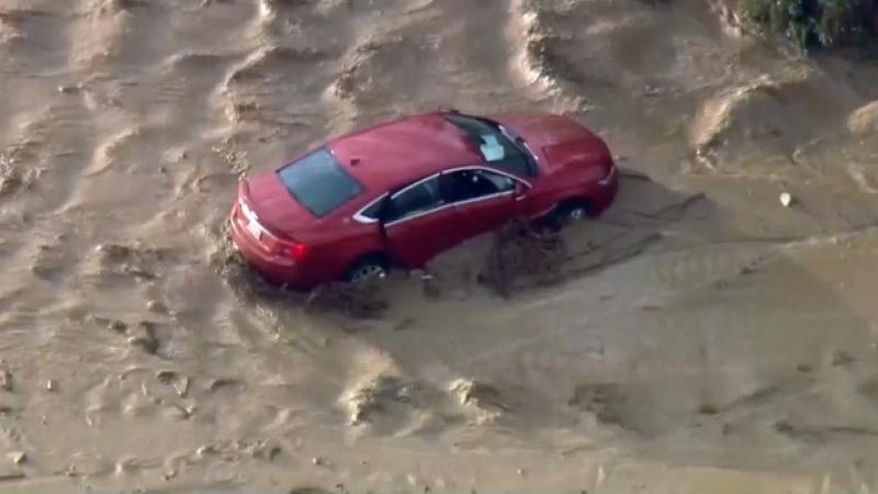 Mudslides strand drivers north of Los Angeles