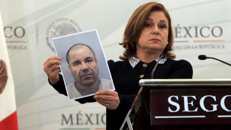 'El Chapo' on the run but injured