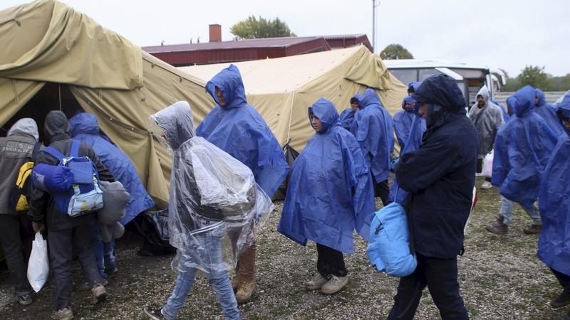 Slovenia prepares for migrant influx