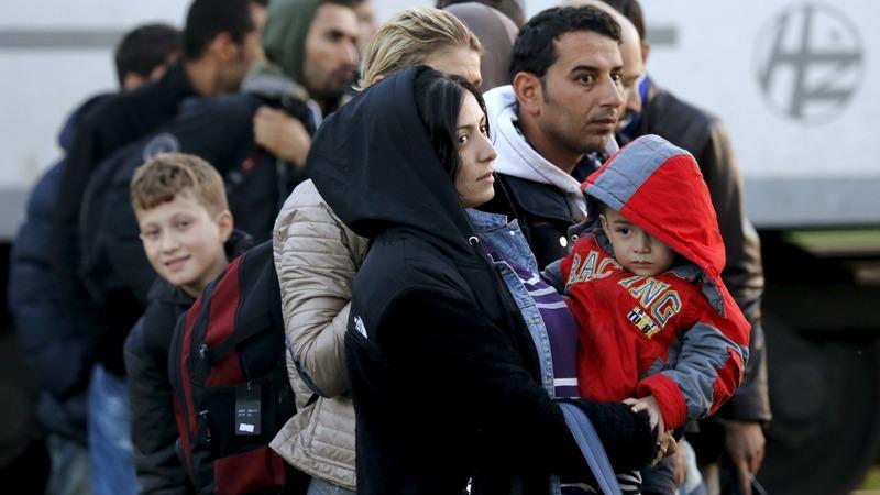 Migrant backlog builds tension in Balkans