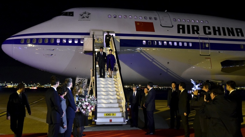 Xi hits UK, hails golden era of relations