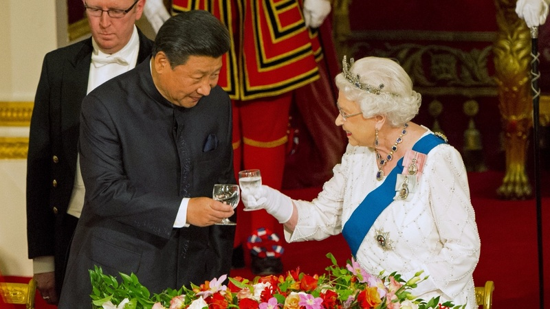 Pomp and protests greet Xi in London