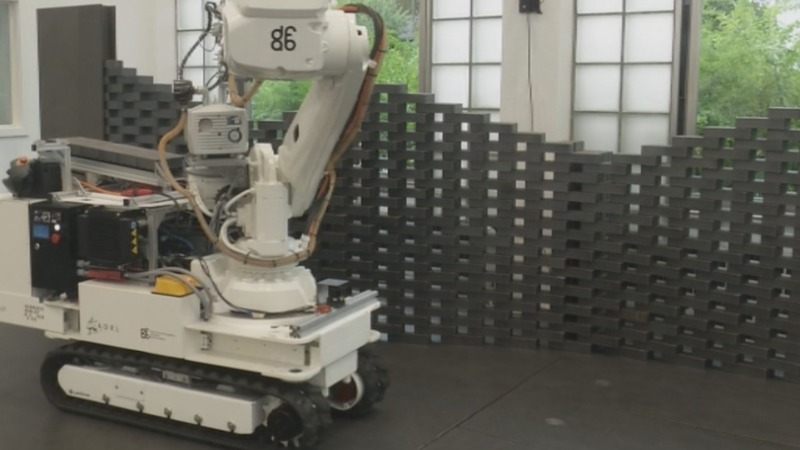 Robot builder designed for construction sites
