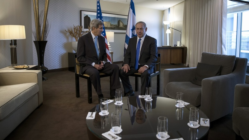 Kerry sees hope of defusing Mideast tensions