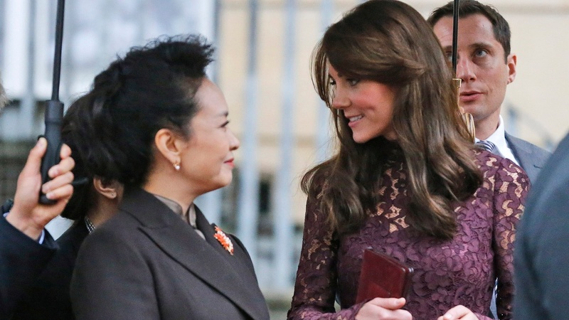 Chinese first lady charms British public