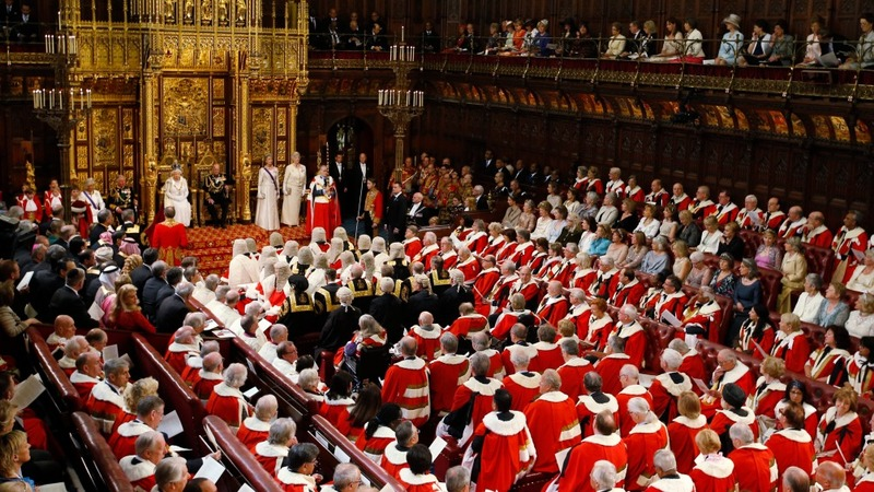 Lords showdown looms over tax credits