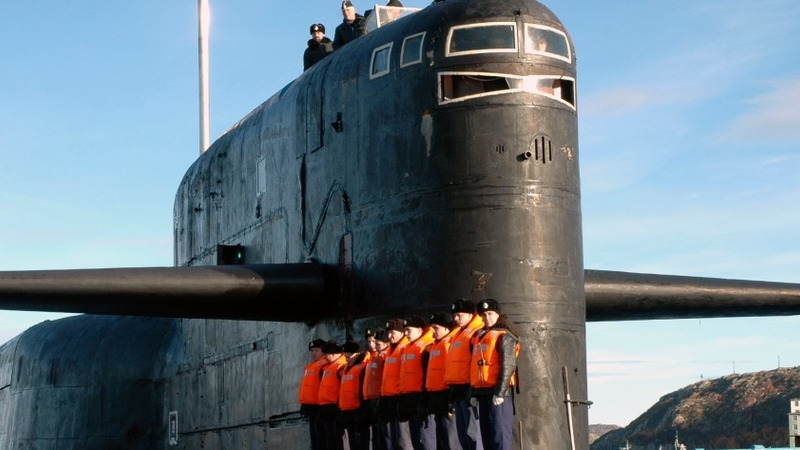 Russian subs near data cables raise fears