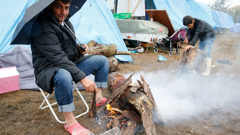 Calais migrants face grim winter
