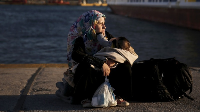 Greece carries out first relocation of refugees