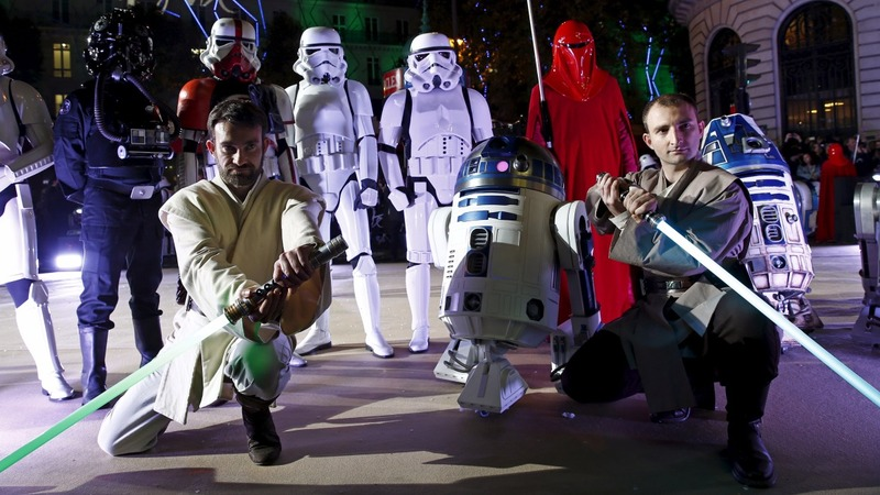 Theaters ban masks, lightsabers at 'Star Wars' showings