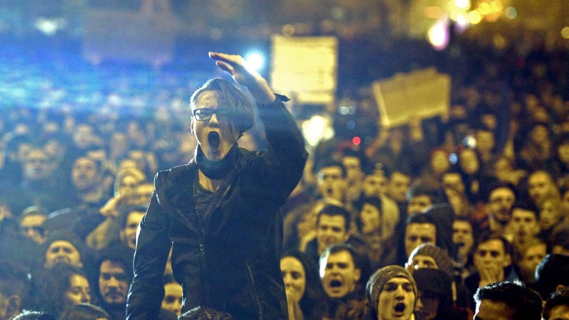 Romanian PM resigns after street protests