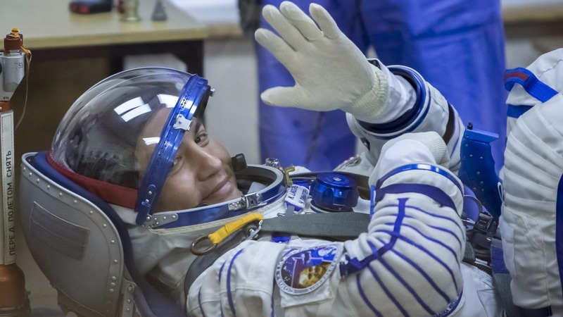 NASA is looking for new astronauts