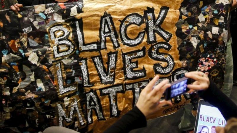 Mizzou football players boycott over racism