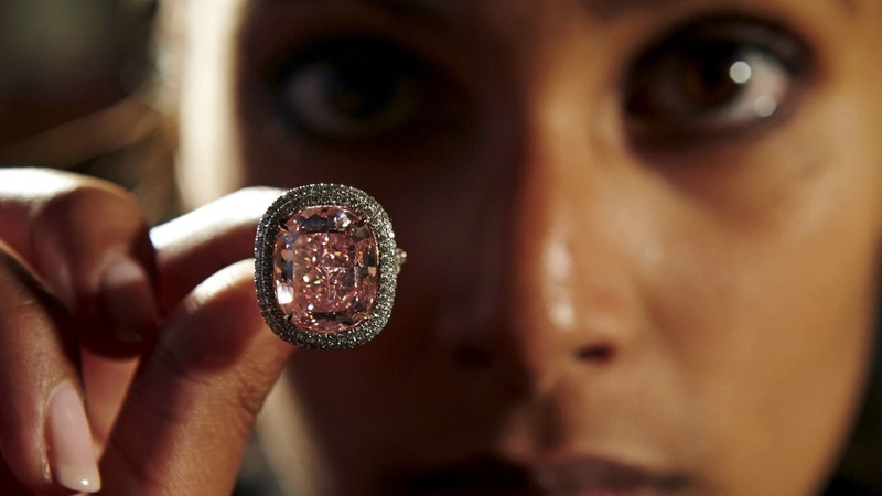 $28m pink diamond goes to mystery bidder