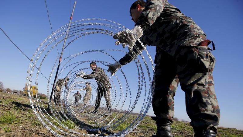 Croatia asks Slovenia to take down fence