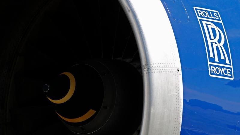 Rolls Royce cuts 2016 profit forecast again