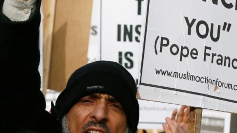 Paris Muslims fear attacks backlash