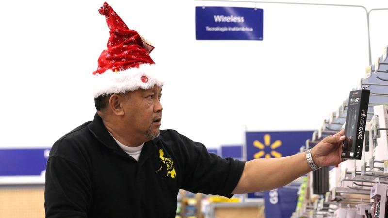 Wal-Mart, Home Depot renew holiday optimism