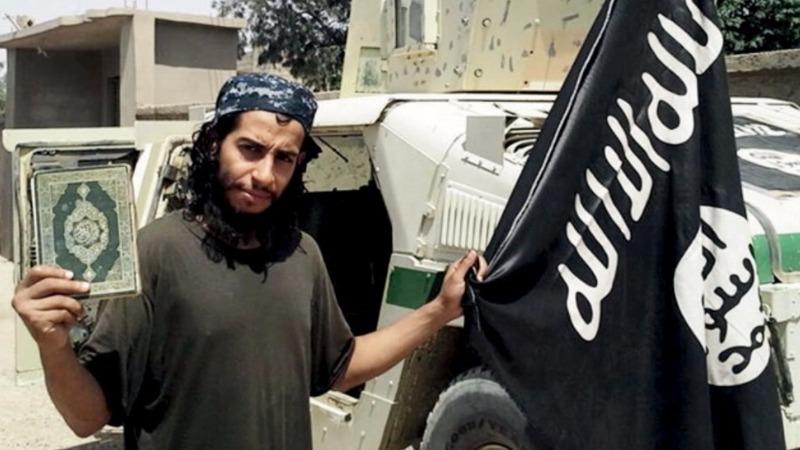 'Mastermind' of Paris attacks died in police raid