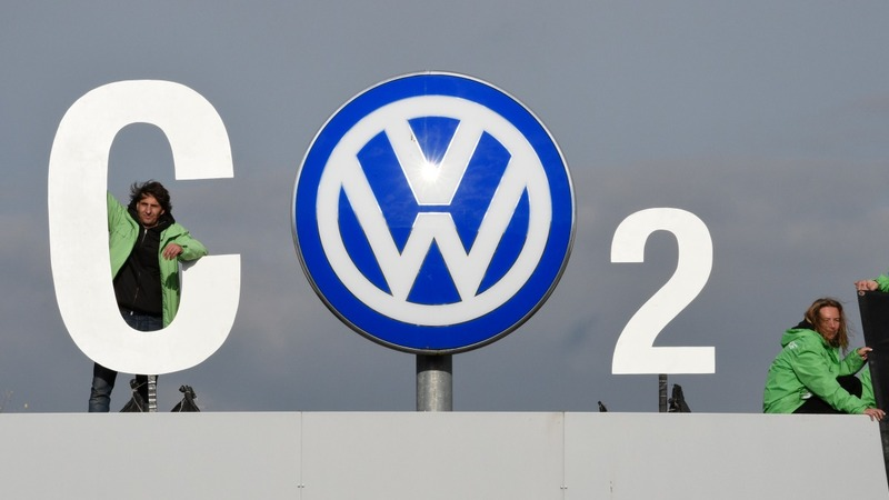 Volkswagen faces pressure to buy back U.S. cars