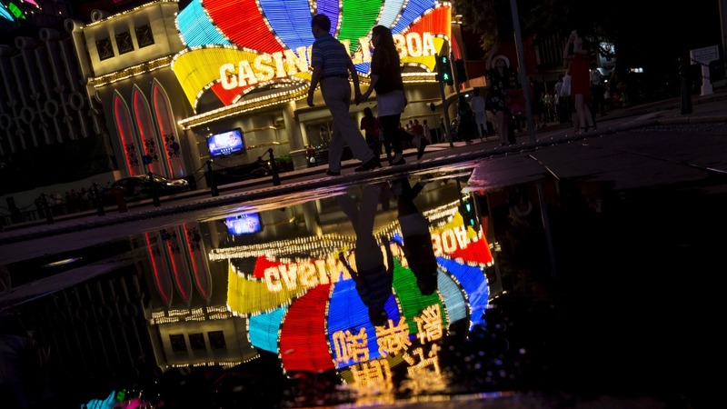 Macau theft shakes up an old casino model