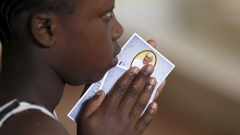 Pope to bridge faith rifts in Africa