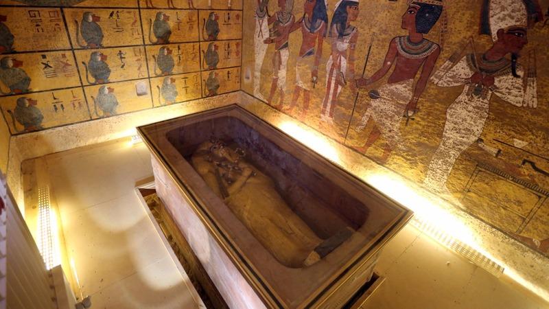 Scans suggest hidden room in King Tut's tomb