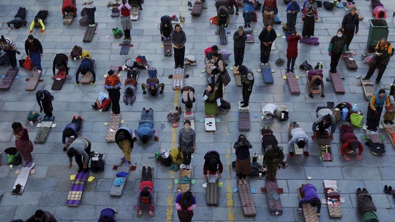 China deploys mass surveillance in Tibet